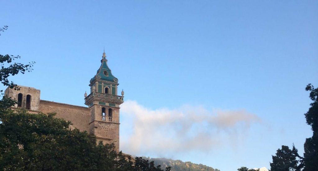 Valldemossa-cartuja-tramuntana-mallorca-viaje