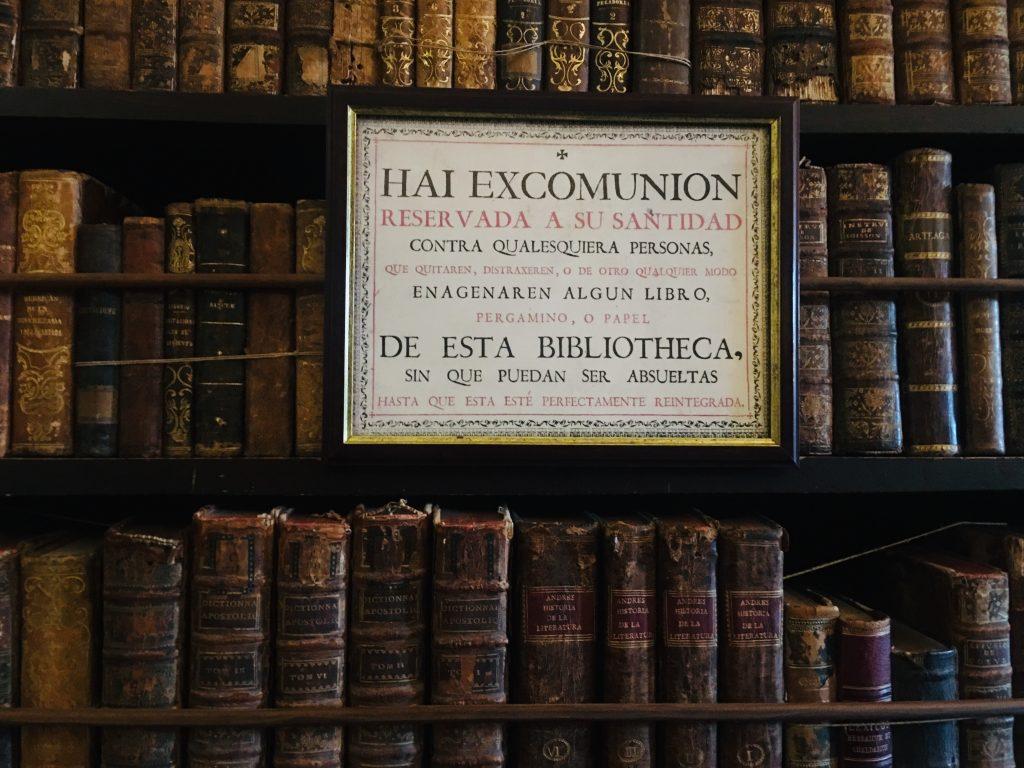 biblioteca-Real-cartuja-valldemossa-chopin-guia.jpg