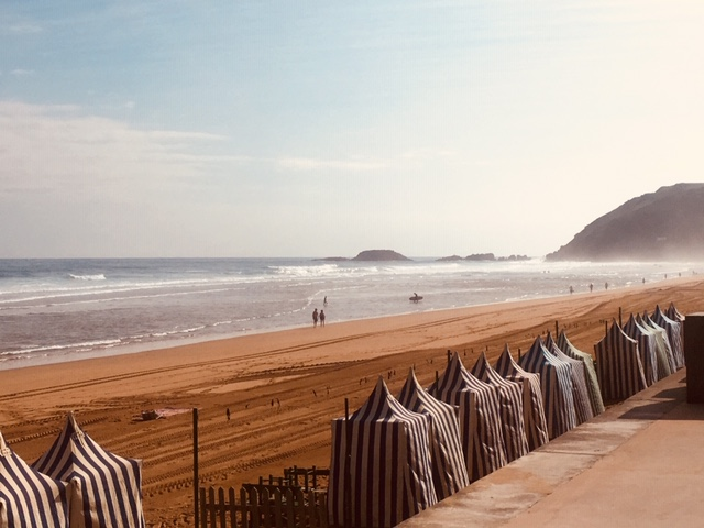 Beach-Zarautz-travel guide