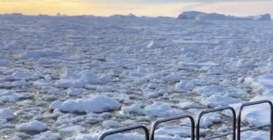 deception-island-travel-hidden-places-Antartida
