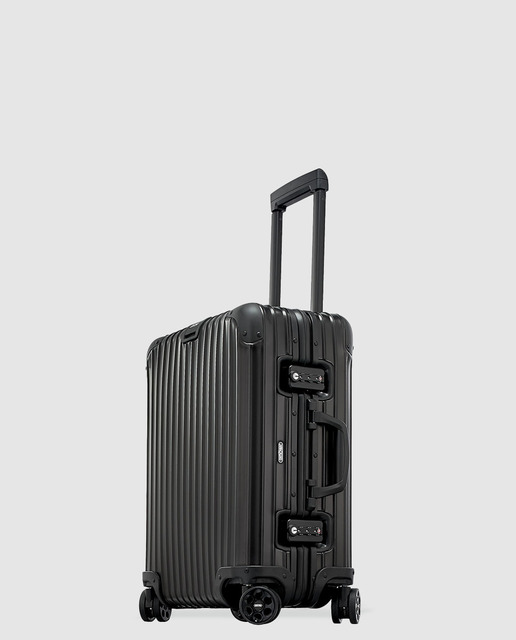 Review-Suitcase-rimowa-travel-hidden-places-buy-AMAZON