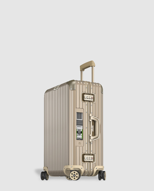 Review-trolley-rimowa-travel-hidden-places-buy-AMAZON